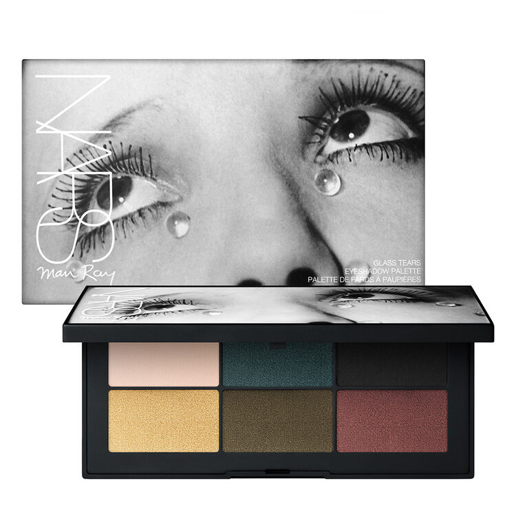 Glass Tears Eyeshadow Palette,