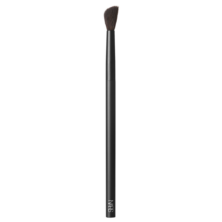 #10 Radiant Creamy Concealer Brush,